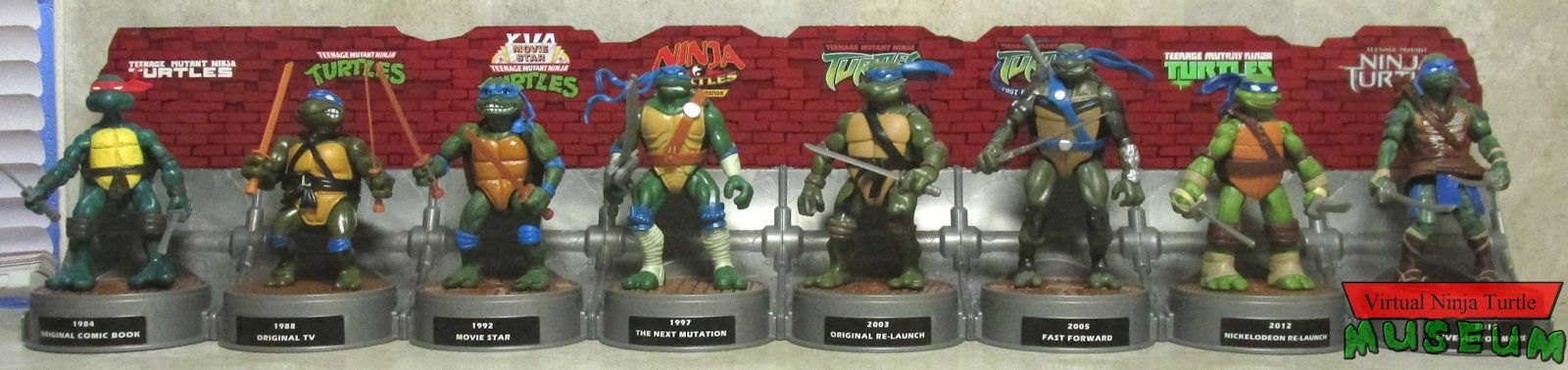 History Of Teenage Mutant Ninja Turtles featuring Leonardo box set