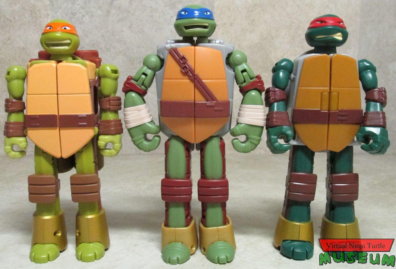 92576a175 Teenage Mutant Ninja Turtles Mutations Ninja Turtle into Weapon Figures