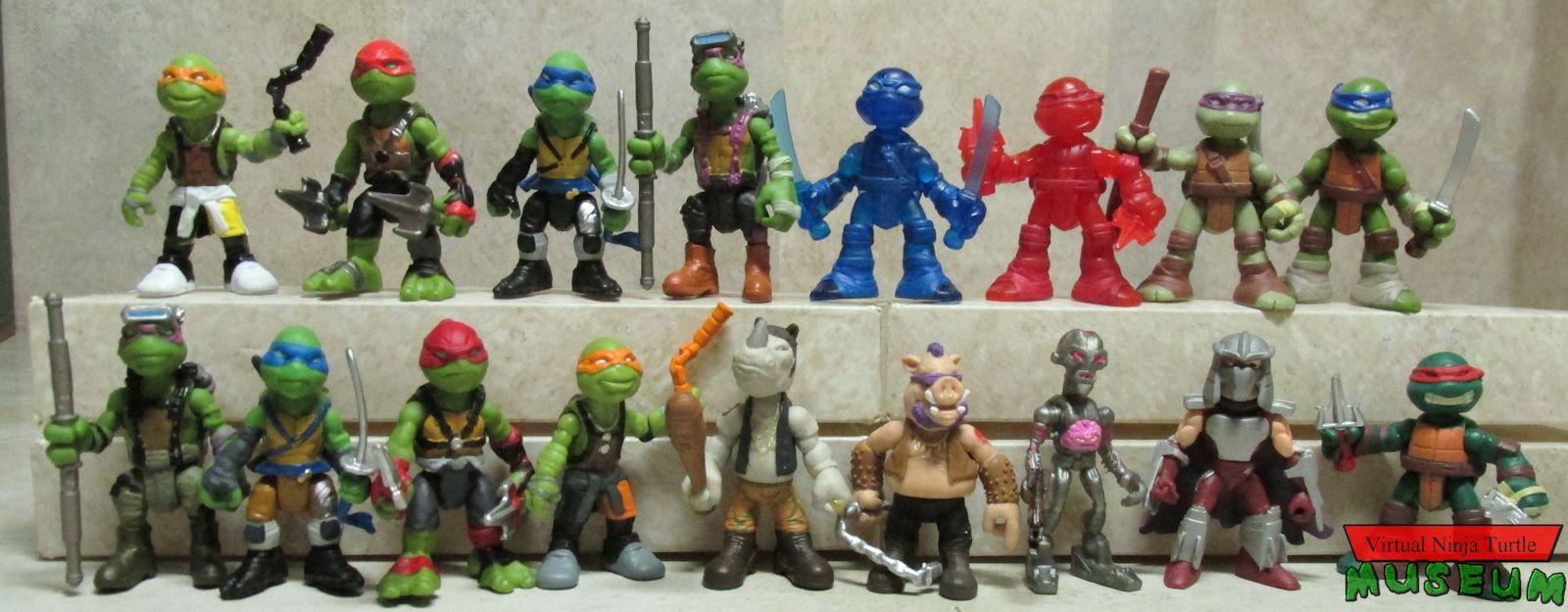 Rocksteady TMNT Ninja Turtles Out Of The Shadows Mini Figure Surprise Blind Bag